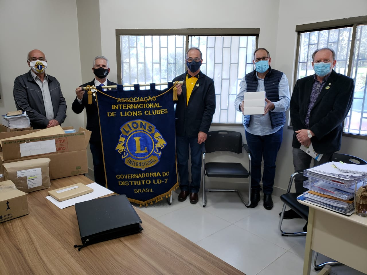 Distrito Lions L D-7 efetua doação de testes para Covid-19 ao Hospital de Olhos Lions