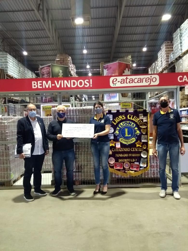 """Hospital de Olhos Lions é contemplado com R$ 5,4 mil na campanha """"Troco Solidário"""" da Rede de Supermercados E-atacarejo"""