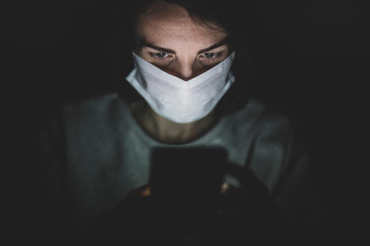 Complicações na visão de pacientes com Covid-19 podem ter maior ligação com medicamentos do que com a própria doença